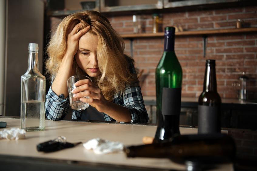vyhodit práce pít