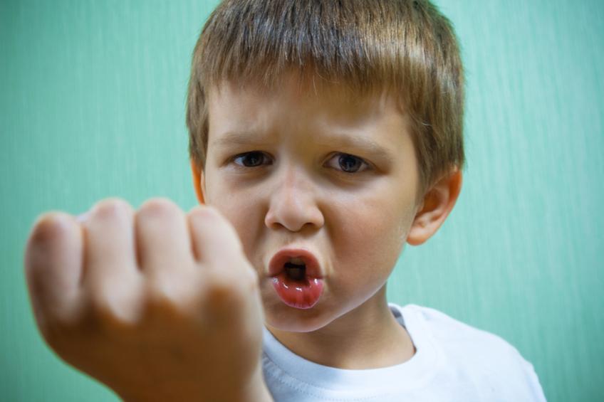 Agresivni chlapec