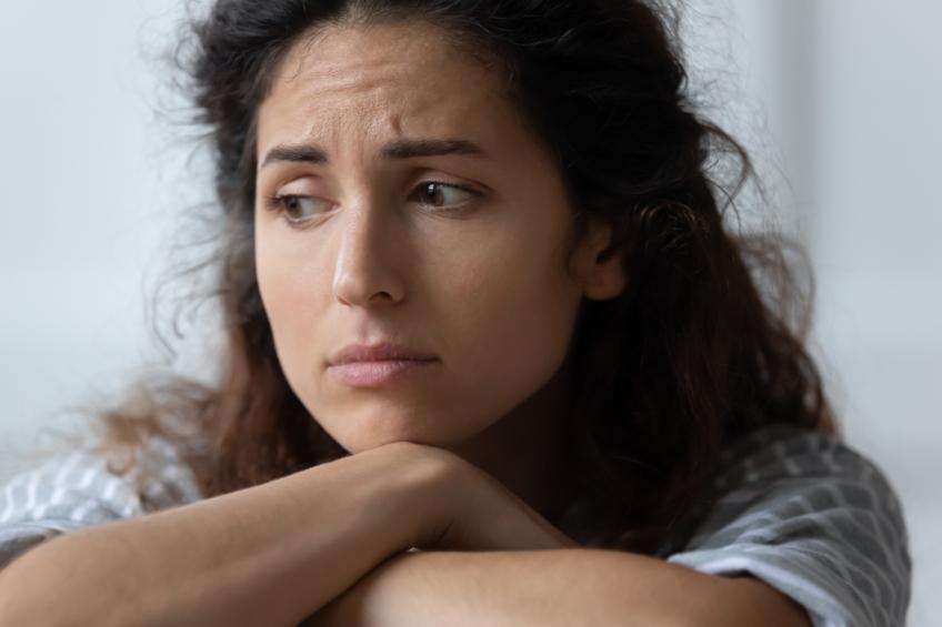 smutná žena 14