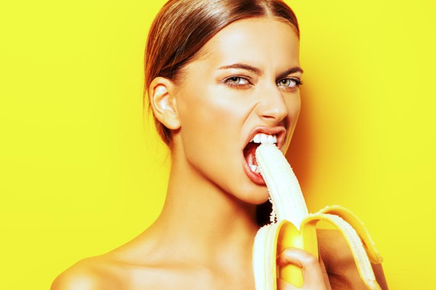 žena banán