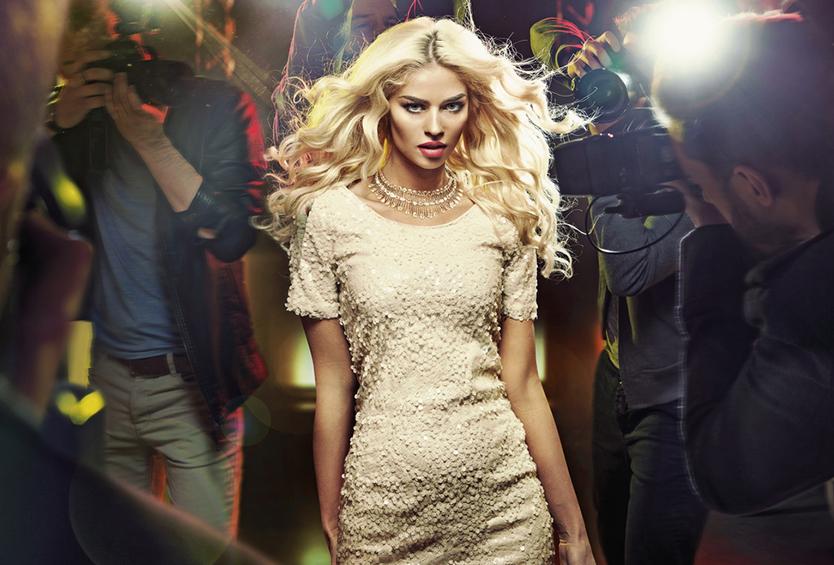 Zena blond